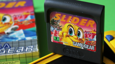 PIXELKITSCH #202: Slider aka Skweek für Game Gear